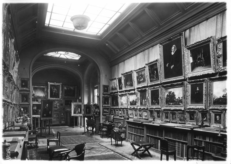Венский аукционный дом снял с продажи картину из коллекции Шлосса, украденную нацистами