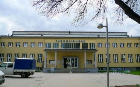 Прокуроры заявили, что беженец, изнасиловавший мальчика в бассейне Вены, получит 10 лет тюрьмы